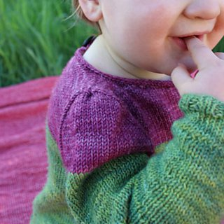 Pull bébé Modèle Pullover Mini Bicolore par Instants de Louise